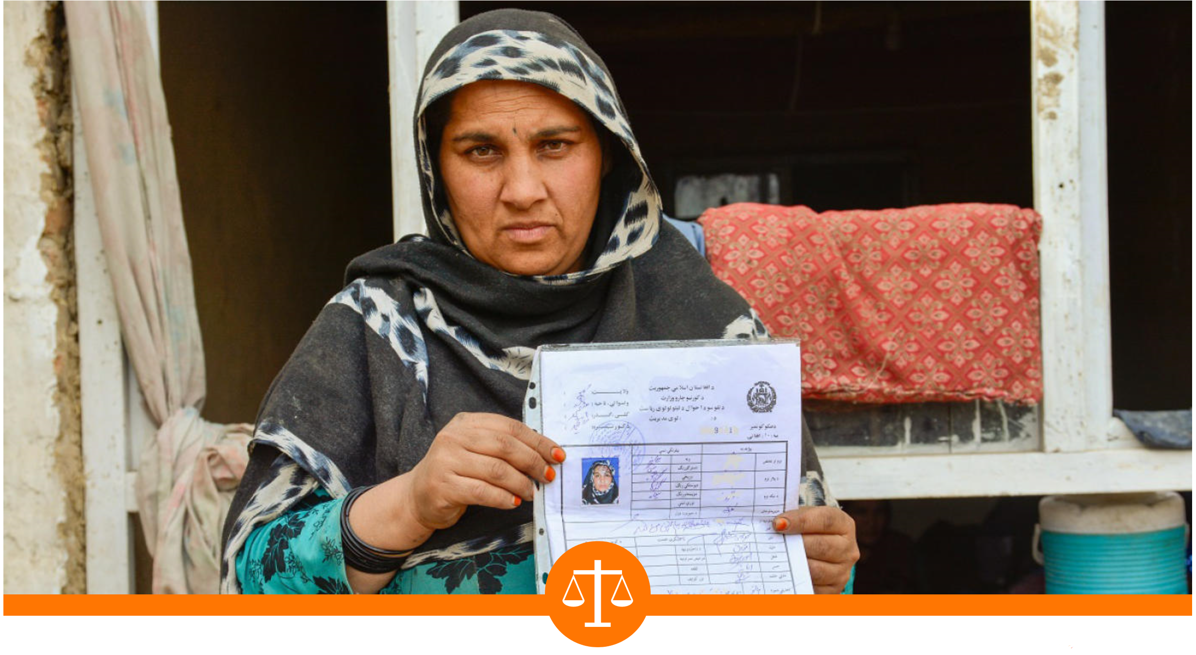 Forty-year-old Zia Gull has seven children, and her family is so poor that she could not apply for an ID card by herself. NRC helped her obtain the document in Kabul, Afghanistan. Enayatullah Azad/NRC